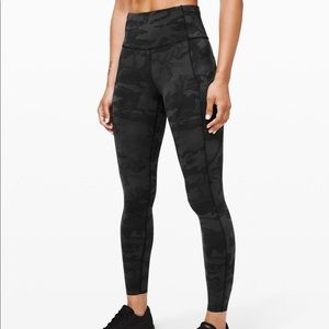 "Lululemon's fast and free HR 25"" tight leggings"